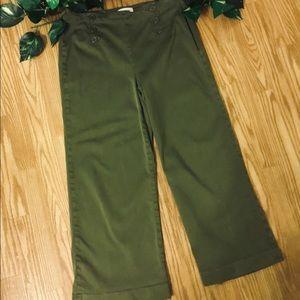 LILA RYAN Army Green Wide Leg Capris 8